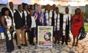 Ambassadeur David Gilmour posant avec les boursiers Mandela Washington Fellows 2018