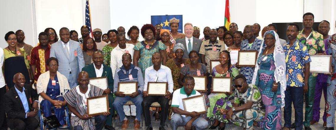 Fonds d'auto-assistance de l'Ambassadeur soutient les communautés à travers le Togo